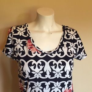 LOFT Outlet blue & white tee with pink flowers